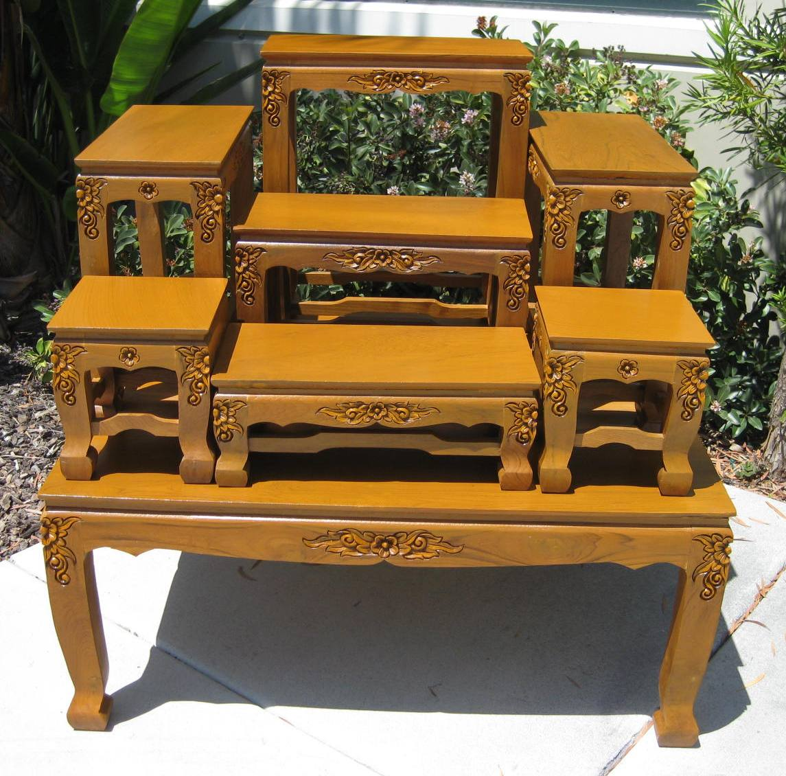 ... Large Thai Buddhist Altar Table With Carved Legs ...