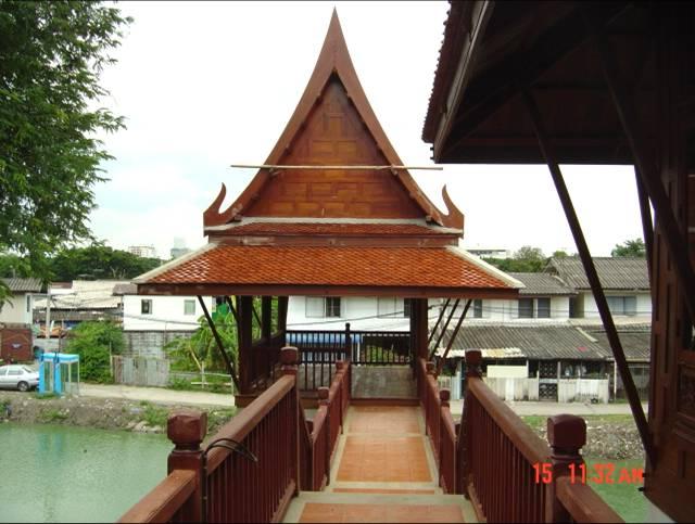 Traditional Thai Houses: Baan Song Thai